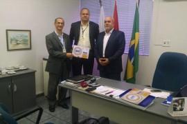 Unit fecha convênio com Câmara de Dirigentes Lojistas de Maceió - CDL