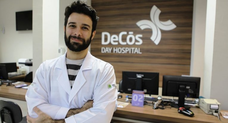 Matheus Todt, médico infectologista e professor do curso de Medicina da Unit