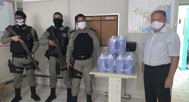 Doação para Batalhão de Polícia de Eventos, em Cruz das Almas
