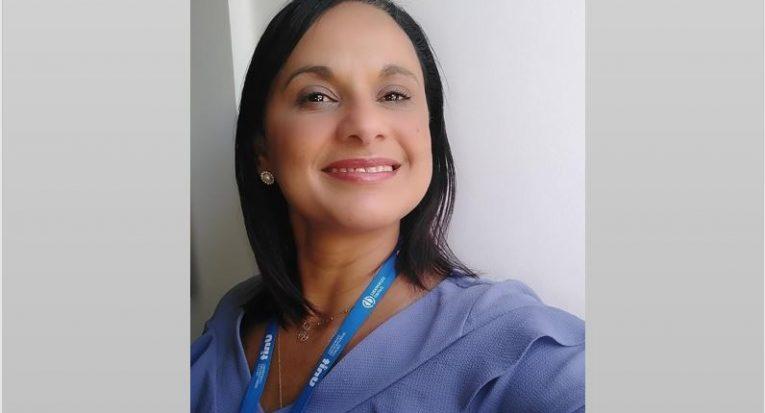 Adriana é coordenadora de área de Exatas