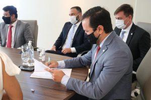 Assinatura do Termo de Cooperação com a Ordem dos Advogados do Brasil