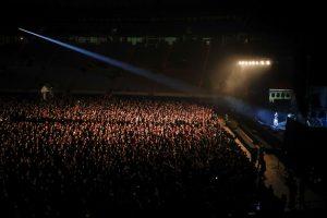 Show de rock foi liberado pelas autoridades de saúde espanholas, que vão acompanhar se os frequentadores foram ou não contaminados