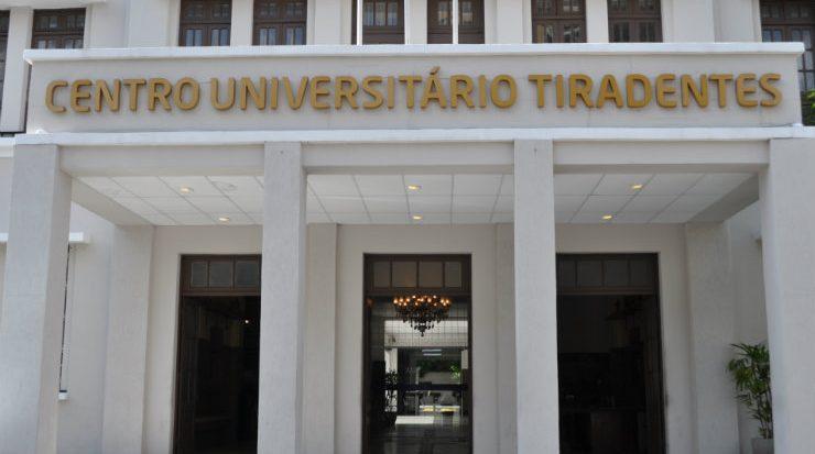 Campus-sede do Centro Universitário Tiradentes (Unit PE), em Recife