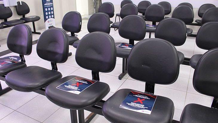 Núcleos de atendimento com serviços presenciais, como as clínicas, retomaram o atendimento com protocolos de segurança